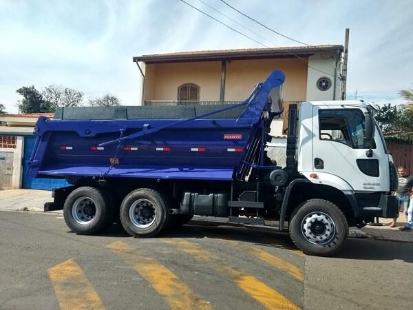 Locação de Caminhão Caçamba Traçado em Curitiba